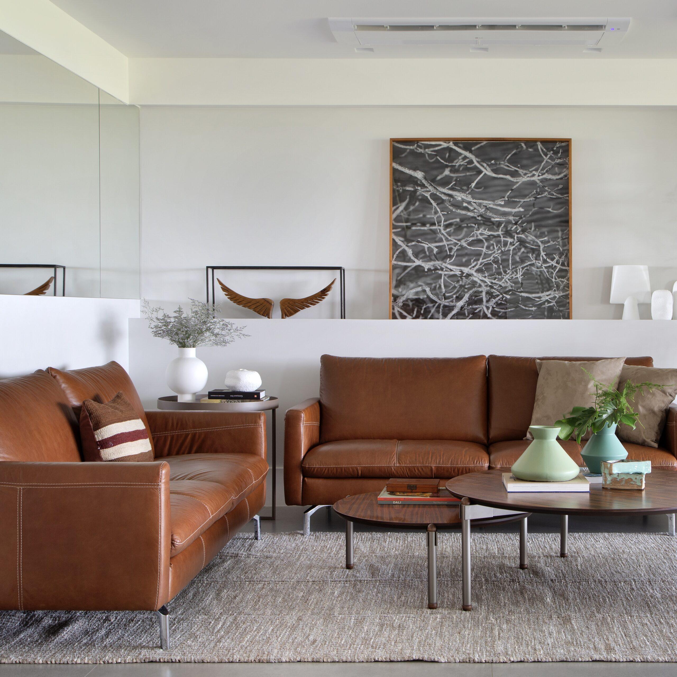 living-sofa-de-couro
